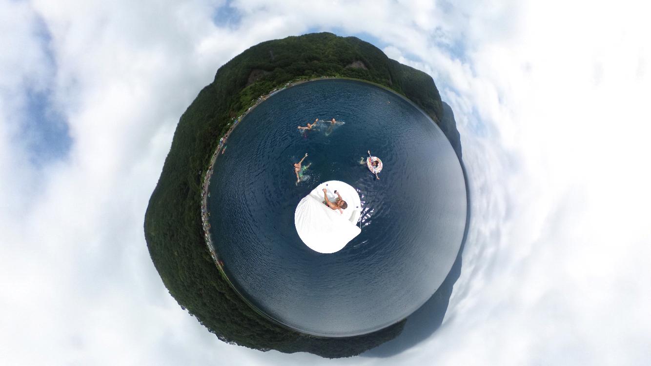 湖の真ん中でTHETA(シータ)撮影