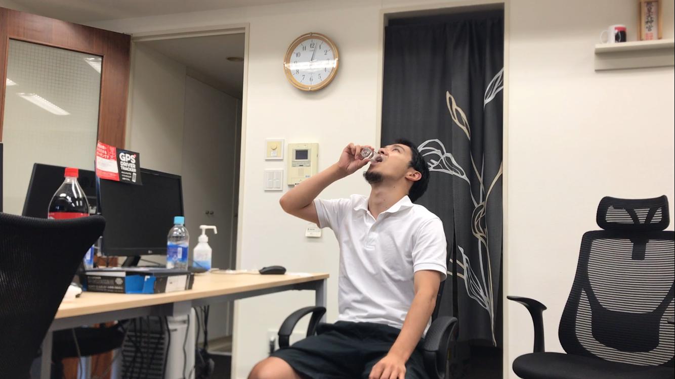 仕事中にお酒を飲んでもまともに仕事はできるのか?