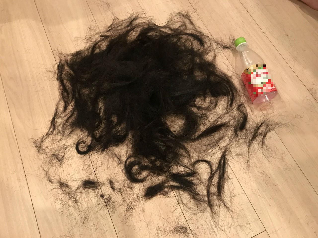 人の髪 切る