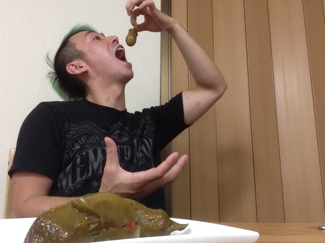 茄子のアサディジョ漬けを食べる時の作法