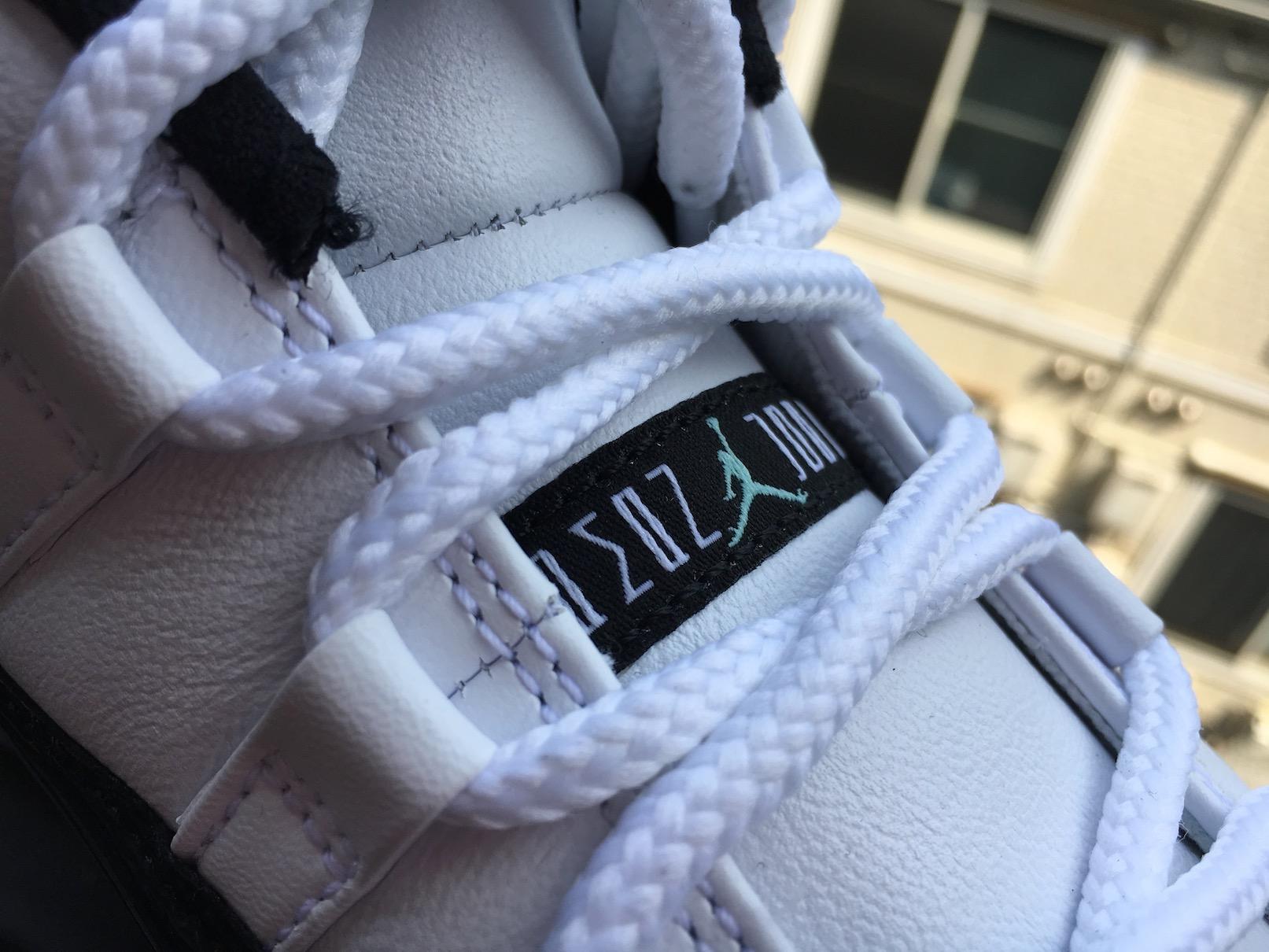 """Nike Air Jordan 11 Low """"Iridescent / Easter """"(ナイキ エアジョーダン11 ロー """"玉虫色 / イースター"""")"""