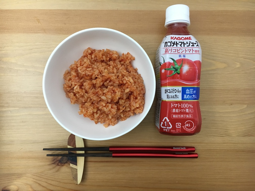トマトジュースでご飯を炊いてみた
