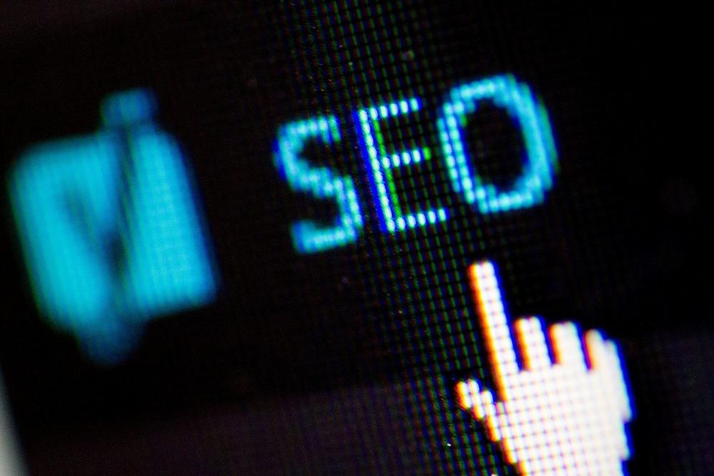 複数の検索意図があるキーワードは記事を分けるべき?